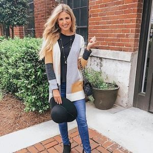 Sweaters - Color block sweater